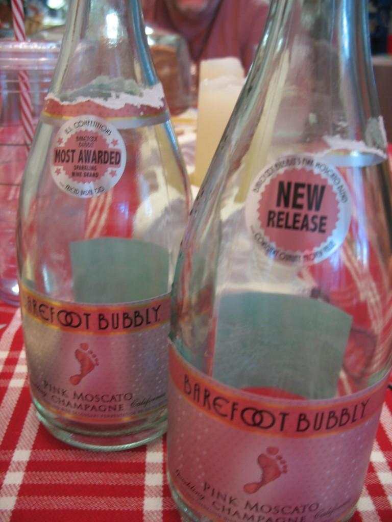 Barefoot Bubbly Pink Muscato...yum!