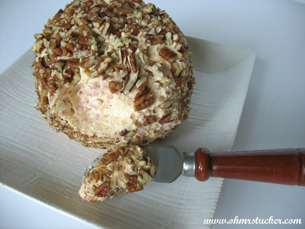 Easy Peasy Customizable Cheeseball