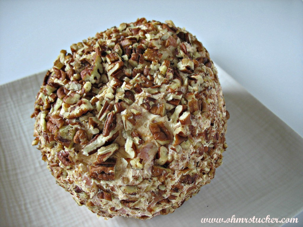 Easy Peasy Customizable Cheese Ball