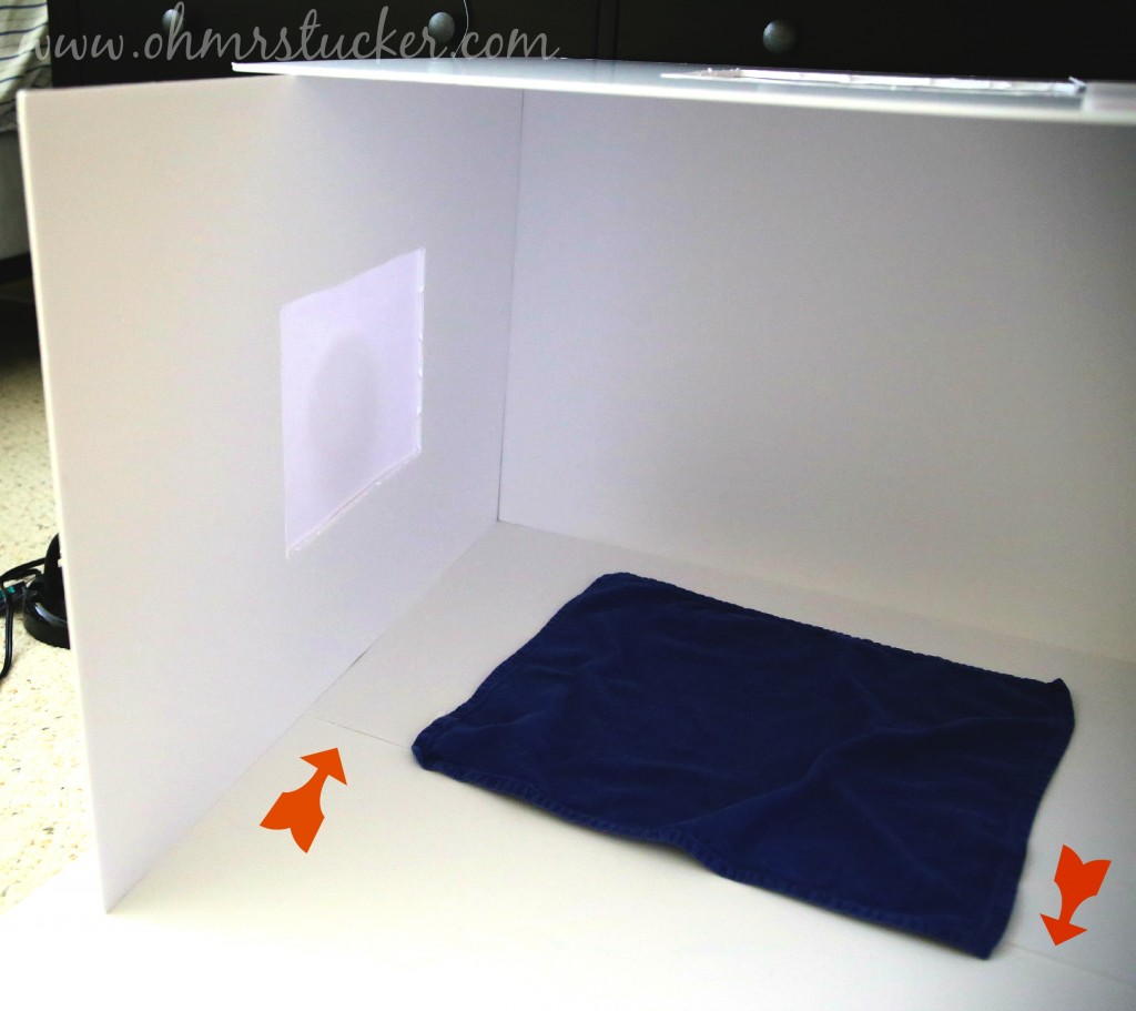 How To Make A Simple and Inexpensive Collapsible Photography Lightbox
