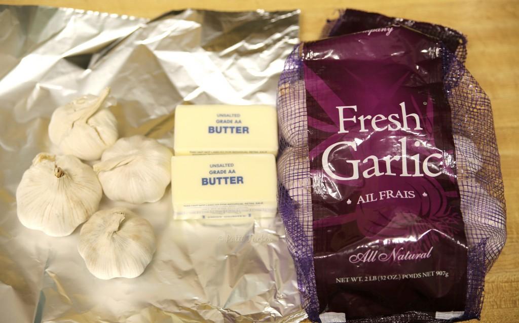 Easy Homemade Roasted Garlic