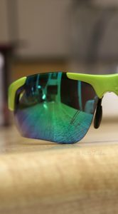 Lifehack Review: Making Scratches Disappear On Glasses