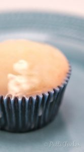 Pound Cake Cupcakes With Sweet Lemon Glaze