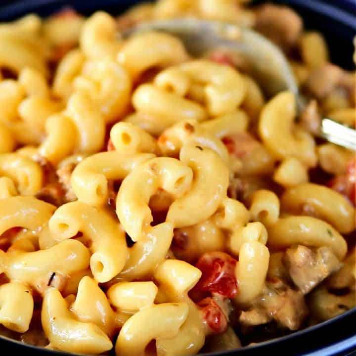 spicy mac and cheese in a bowl
